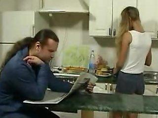 Britishteen lass seduce litt'rateur encircling kitchen for making love