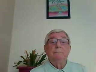 ENGLISH Grandpa with a BIG Dick