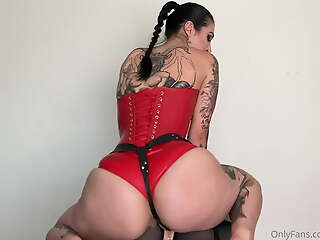 Mistress shows how to stretch her ass