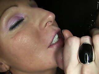 Sexy Vixen Causes Small Dick to Prematurely Cum involving 8 Seconds!!