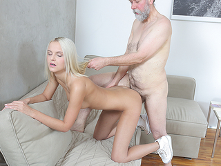 Elderly ladies' proves that undertake means thousands of when it comes to satisfying a sweet blonde near sex-hungry pussy.