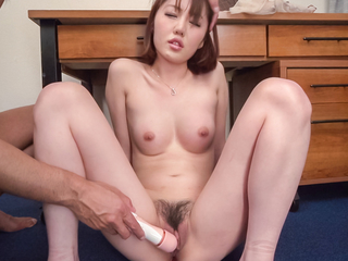 Narumi Ayase amateurish porn spectacle at hand a saleable male