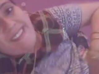 Leela Teacher Showing Her Big Natural Boobs