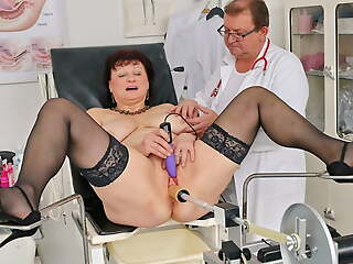 Busty countrywoman gets huge squirting height in gyno chair