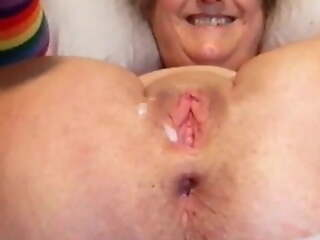 Mature Wife's Pussy Is Stretched, Skimp Jacks Off And Cums