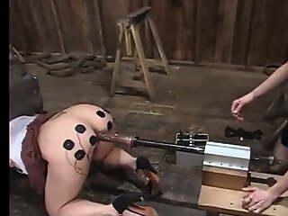 Some excellent electro-torture with bored Sybian-Action