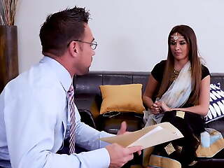 Inexperienced Indian milf gets some sexual relations counseling